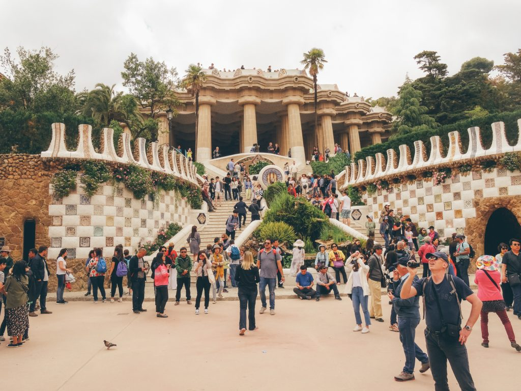 Chill at Park Güell